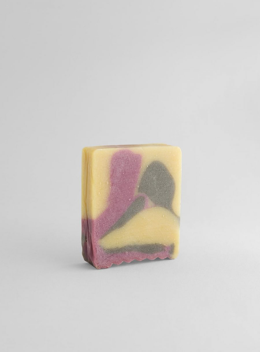 Rose and sandalwood vegan soap, made in portugal by wetheknot
