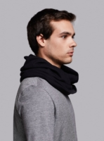 Essential circle scarf (black) in organic cotton, made in Portugal by wetheknot.
