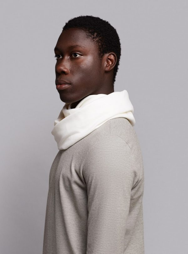 Essential circle scarf (warm white) in organic cotton, made in Portugal by wetheknot.