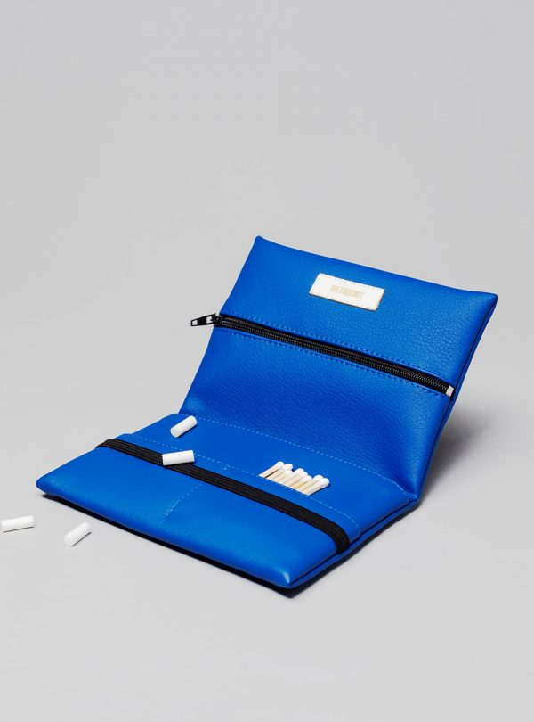 Pouch (blue) in vegan leather, made in Portugal by wetheknot.