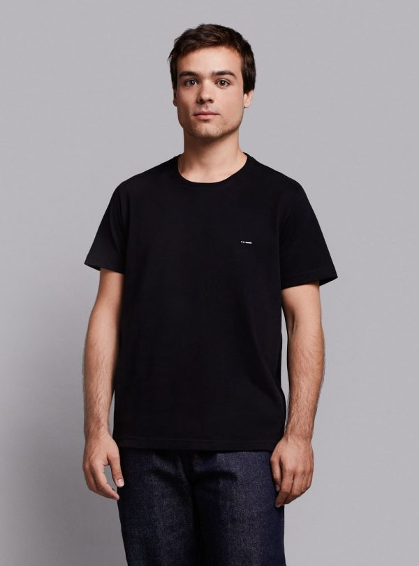 Essential t-shirt (black) in organic cotton, made in Portugal by wetheknot.