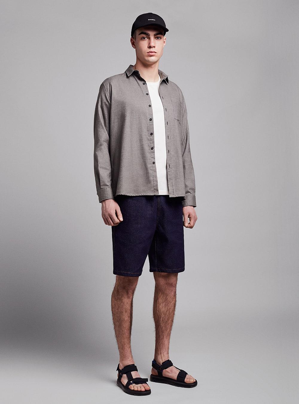 Drawstring shorts (dark denim) in cotton, made in Portugal by wetheknot.