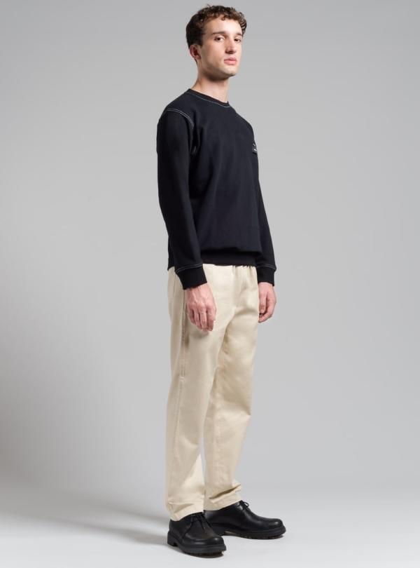 Contrast sweatshirt (black) in organic cotton, made in Portugal by wetheknot.