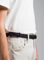 Minimalist belt in black, made in Portugal, by wetheknot.