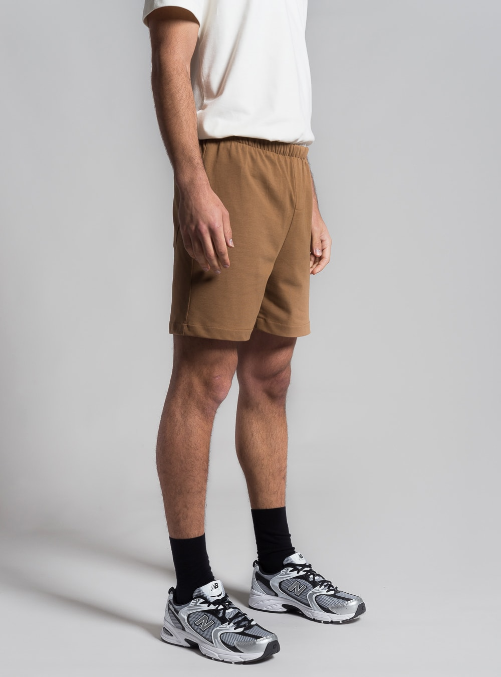 Relaxed jersey shorts (brown) made in Portugal by wetheknot