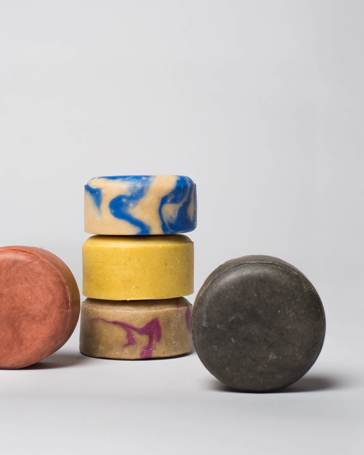 Handmade solid shampoo bar, made in Portugal and sold by wetheknot