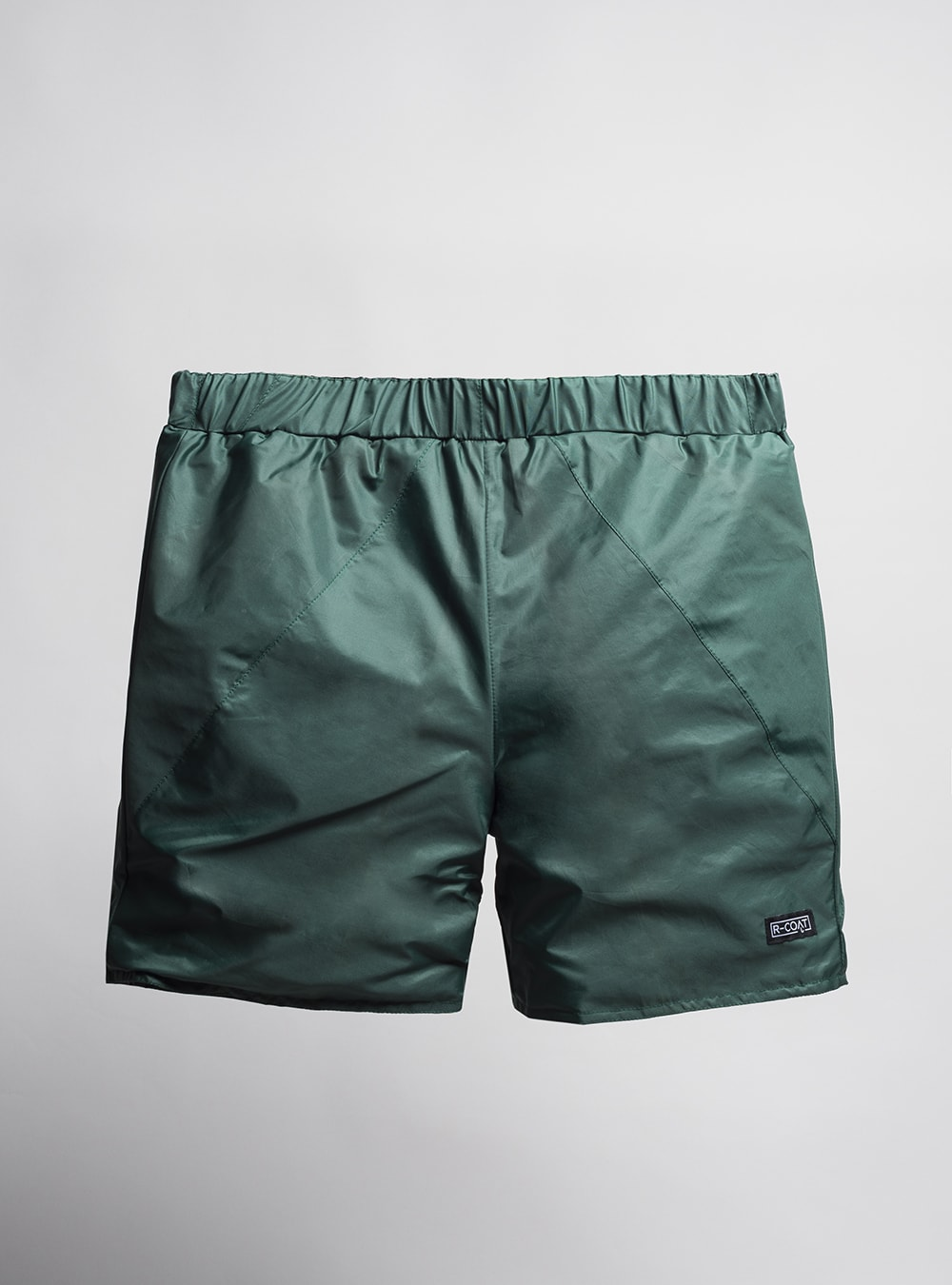 Shorts (forest green) made from upcycled umbrellas found in the streets, made in Portugal by wetheknot